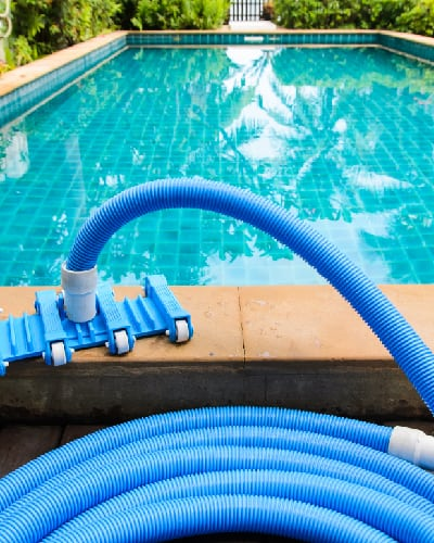 LUXOR Pools - Pool Cleaning Service